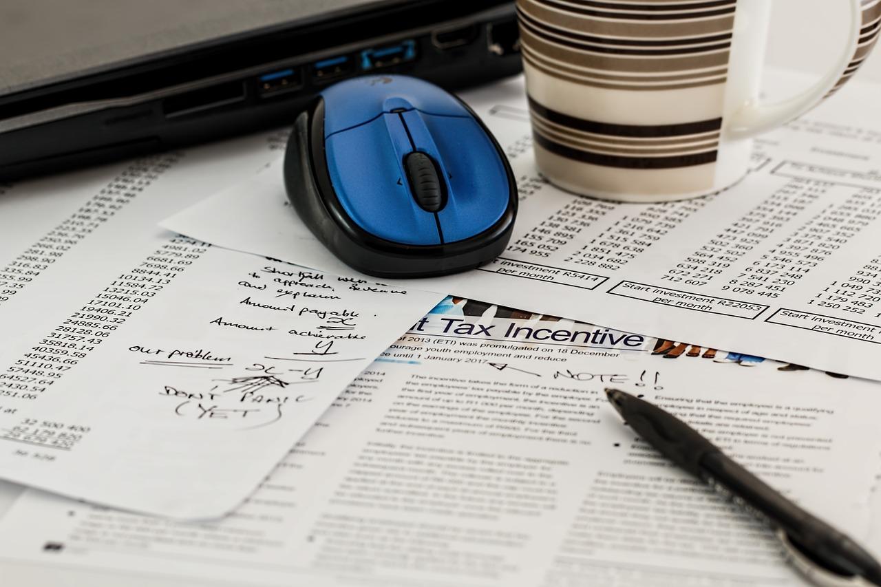 Zarządzanie fakturami i elektroniczny obieg dokumentów