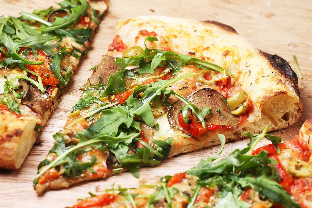 Pizza: Polacy kochają włoską kuchnię