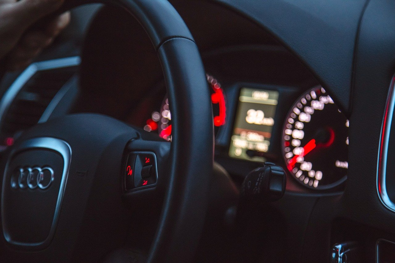 Jak wybrać samochód z wypożyczalni?